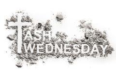 Ash Wednesday ord som är skriftligt i aska, sand eller damm Royaltyfria Bilder
