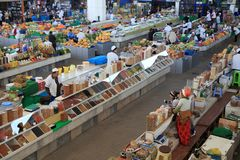 Ashgabad,土库曼斯坦-双十国庆, 2014年 农夫市场 免版税库存图片