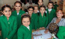 Ashgabad,土库曼斯坦- 2014年11月4日 小组学生机智 图库摄影