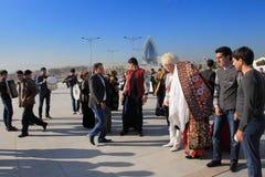 Ashgabad, Turkmenistan - 15. Oktober 2014 Die Braut und der Bräutigam I Stockfotos