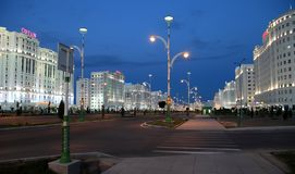 Ashgabad Turkmenistan - Oktober, 10 2014: Nattsikt av det nytt Fotografering för Bildbyråer