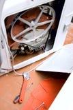 Ashing maskinuppsättning av rörmokerihjälpmedlet Royaltyfri Bild