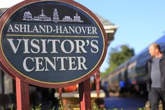 Ashland train stop. Amtrak railroad passenger car Stock Photo