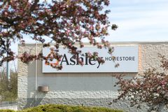 Ashley Furniture Homestore Retail fotografie stock
