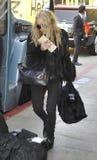 Ashley Olsen à l'aéroport de LAX, la Californie Image stock
