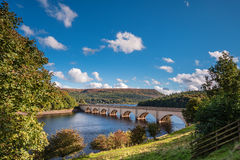 Ashopton Viaduct above Ladybower Reservoir. Ladybower Reservoir is situated in the Upper Derwent Valley, at the heart of the Peak District National Park Stock Photos
