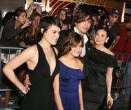 Ashton Kutcher, Demi Moore med Rumer och Tallulah royaltyfri foto