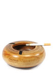 ashtray καπνός Στοκ εικόνα με δικαίωμα ελεύθερης χρήσης