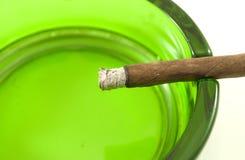 ashtray πούρο Στοκ Εικόνες