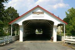 Ashuelot abgedeckte Brücke Stockbild