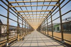 Asiático China, Pequim, jardim geotérmica da expo, o passeio de madeira Foto de Stock Royalty Free