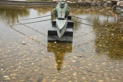 Asiático província de China, Qingdao, Shandong, escultura litoral, esporte de barco foto de stock royalty free