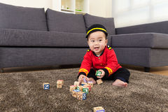 Asia baby boy play toy block Stock Images