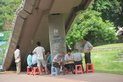 ASIA CHINA SHENZHEN People playing chess Royalty Free Stock Photos