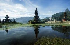 ASIA INDONESIA BALI LAKE BRATAN PURA ULUN DANU TEMPLE Royalty Free Stock Photos