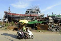 ASIA MYANMAR MYEIK SHI MANUFACTURE Stock Photos