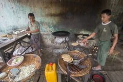 ASIA MYANMAR MYINGYAN RESTAURANT FOOD Stock Photography