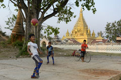 ASIA MYANMAR NYAUNGSHWE SOCCER FOOTBALL Stock Photography