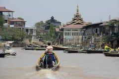ASIA MYANMAR NYAUNGSHWE WEAVING FACTORY Royalty Free Stock Image