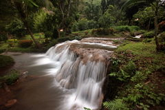ASIA THAILAND CHIANG MAI FANG WASSERFALL Royalty Free Stock Photos