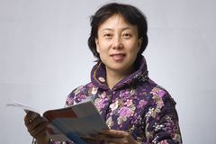 Asia woman Reading Royalty Free Stock Photo