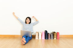 Asia woman shopping Royalty Free Stock Images