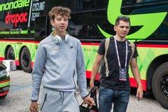 Asiago, Italië 27 Mei, 2017: Formolo Davide, Cannondale-Team, ontmoette zijn ventilators na een taai bergstadium royalty-vrije stock afbeeldingen