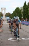 Asiago VI, Italien - Maj 27, 2017: Cyklister under de cykla rommarna Arkivfoto