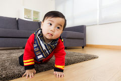 Asian baby boy creeping on floor Stock Photography