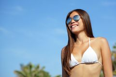 Asian bikini woman wearing sunglasses Royalty Free Stock Photos