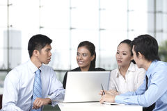 Asian business people having a meeting Royalty Free Stock Photos