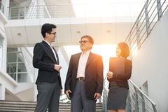 Asian business people outdoor Royalty Free Stock Photos