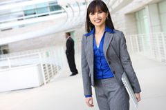 Asian Business Woman with Laptop Royalty Free Stock Photos