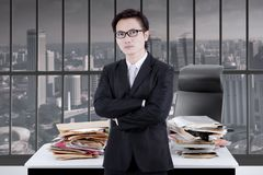 Asian businessman crossing his hands Royalty Free Stock Photography