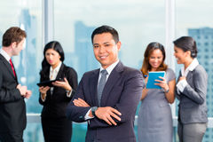 Asian Businesspeople having meeting in office Royalty Free Stock Photography
