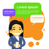 Asian Businesswoman Cartoon Character Using Cell Royalty Free Stock Photography