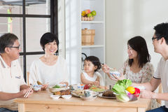 Asian Chinese family dining Royalty Free Stock Images