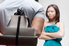 Asian couple with gift Royalty Free Stock Photography