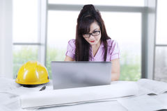Asian developer working in office Royalty Free Stock Photos