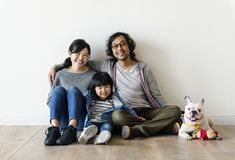 Free Asian Family Buying New House Royalty Free Stock Photos - 113019828