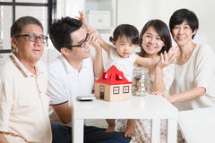 Asian family financial concept Royalty Free Stock Images