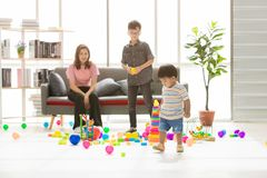 ASIAN FAMILY AT LEISURE stock image