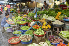 Asian fresh fruit and vegetable market Royalty Free Stock Photos