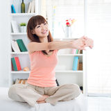 Asian girl stretching in the morning Royalty Free Stock Images