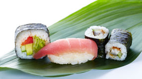 Asian maki on green leaf Royalty Free Stock Photography