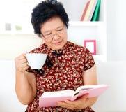 Free Asian Senior Woman Royalty Free Stock Photography - 33812657