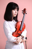 Asian teen with violin Stock Photography