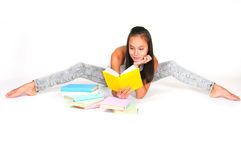 Asian teenage girl reads the book Royalty Free Stock Photography