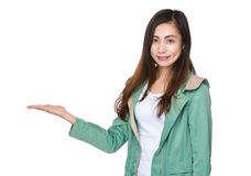 Asian woman with hand showing with balnk sign Royalty Free Stock Photography