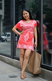 Asian woman shopping in the city Royalty Free Stock Photos